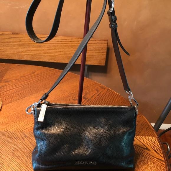 6d5bf1e7dfd9 Michael Kors Bags | Bag Wallet | Poshmark